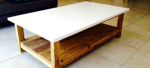 Coffee table - and white finish