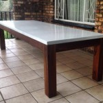Outdoor entertainers table